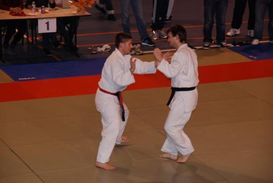 combat sénior ceinture noire -73kg