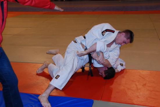combat sénior ceinture noire -81kg