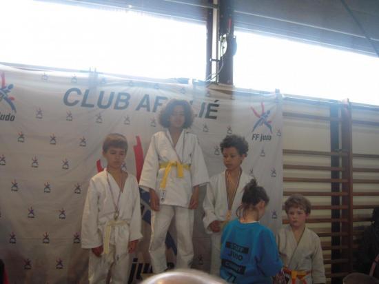 podium poussin
